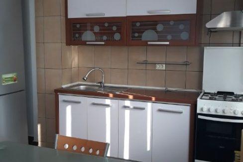 apartament 2 camere negru voda pitesti